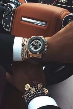 Get here your watches for a luxury lifestyle. Cool Watches, Watches For Men, Men's Watches, Modern Watches, Fossil Watches, Vintage Watches, Der Gentleman, Gentleman Style, Luxury Blog