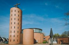 St. Antonius Neukirchen-Vluyn I built in 1997 by Dieter Georg Baumewerd (Entwurf und Planung)/ Eling Architekten (Bauleitung)
