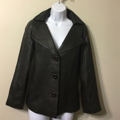 """WILLI SMITH GENUINE LEATHER JACKET NWOT Very soft ,light weight, newer worn,dark brown genuine leather jacket.Lenght 22"""" ,Size S but fits best to M Willi Smith Jackets & Coats"""