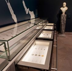 Museum Drawer Units for Museums by Goppion: Horizontal Drawers or Vertical Arrayed Pull-Out Display Enclosures. Preventive Conservation and Security Requirements are Guaranteed.