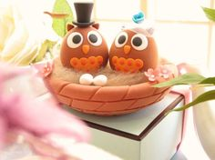 owls cake topper $90.00