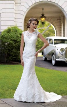 Hippolyta's wedding gown.