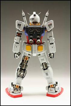 Gundam Model, Guy, Building, Painting, Badass, Buildings, Paintings, Draw, Drawings