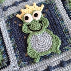 Frog Crochet PATTERN Prince Charming Applique by ShirleyGoodness2U