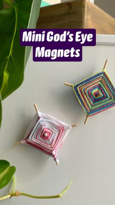 Mini God's Eye Magnets Yarn Crafts, Diy Crafts For Kids, Projects For Kids, Crafts To Make, Craft Projects, Sewing Projects, Arts And Crafts, Camping Crafts, Craft Gifts