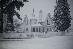 Maybe I should paint my house white for the one day a year it snows....pretty!