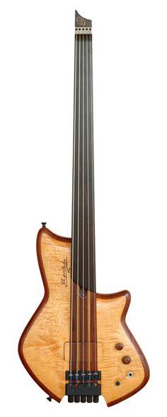 ELE Custom Basses | El Puntudo 5 strings Fretless
