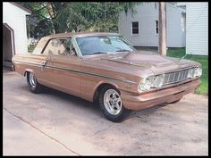 1964 Ford Fairlane Hardtop 514/600 HP, 4-Speed for sale by Mecum Auction
