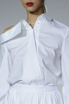 White Shirt - runway fashion details // Zac Posen Spring 2016