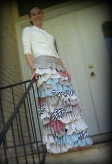 Remember the bohemian skirt I pinned on my wardrobe? I had to make my own 1000 ruffled skirt!!