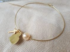Baptism Ideas, Christening, Handmade Jewelry, Pearl Earrings, Pearls, Baby, Diy Bracelet, Bracelets, Paper