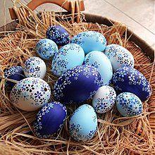 Kachní kraslice žluto-bílé / Avadesign - SAShE.sk - Handmade Dekorácie April Easter, Easter Bunny, Easter Eggs, Egg Crafts, Easter Crafts, Diy And Crafts, Easter Parade, Egg Art, Egg Decorating