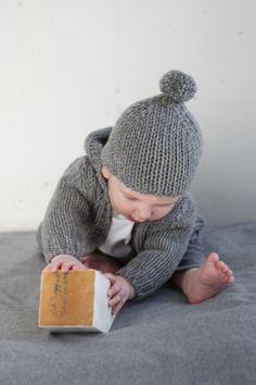Babe & Tess, Rainn's new little sweater and hat :)