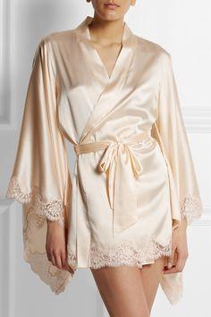 Agent Provocateur|Abbey lace-trimmed stretch-silk satin robe|NET-A-PORTER.COM