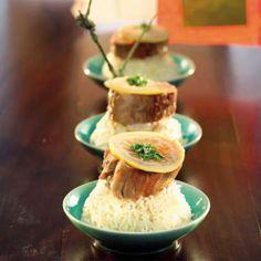 Mignon de porc, citron confit et cardamome Chutney, Filet Mignon Sauce, Pork Tenderloin Recipes, French Food, Pudding, Dishes, Cooking, Ethnic Recipes, Desserts