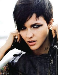 edgy long hairstyles | Picture of Edgy Pixie Haircuts, Straight Short Hair/ Pinterest