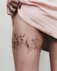 Line Tattoos, Sexy Tattoos, Body Art Tattoos, Sleeve Tattoos, Clock Tattoo Sleeve, Girly Tattoos, Diy Tattoo, Tattoo Band, Tattoo Fonts