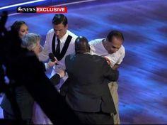 Ryan Lochte atacado durante el 'Mira quién baila' americano