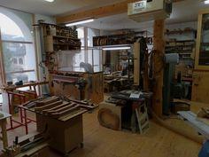 29 Woodworking Shop Plans Designs no. 701 Smart Woodworking Shop Plans For Garage Spaces Woodworking Shop Layout, Woodworking Workshop, Easy Woodworking Projects, Woodworking Plans, Woodworking Classes, Woodworking Beginner, Woodworking Chisels, Woodworking Store, Pallet Projects