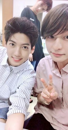 Jo twins Youngmin & Kwangmin with Aki Jo Youngmin, Twins, Boyfriend, Handsome, Babies, Number, Babys, Baby, Gemini