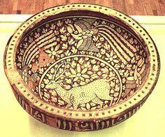 Tehran Archaeological Museum, photography: Erdinç Bakla (2003) Museum Photography, Islamic Decor, Islamic Patterns, China Painting, Illuminated Manuscript, Pottery Art, Ceramic Art, Iran, Stoneware