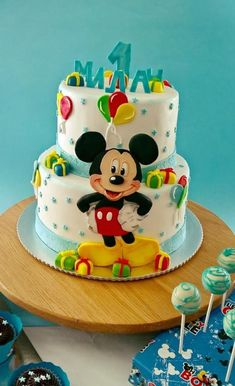 Mickey Mouse - cake by fondantfantasy Baby Boy Birthday Cake, Mickey Mouse Birthday Cake, 1st Birthday Cakes, Baby Boy Cakes, Cakes For Boys, Girl Cakes, Cake Kids, Bolo Do Mickey Mouse, Mickey And Minnie Cake