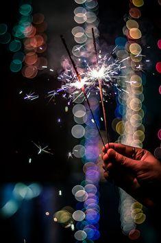 Diwali Photography, Sparkler Photography, Creative Portrait Photography, Moon Photography, Shadow Photography, Happy Diwali Pictures, Happy Diwali Quotes, Diwali Photos, Diwali Dp