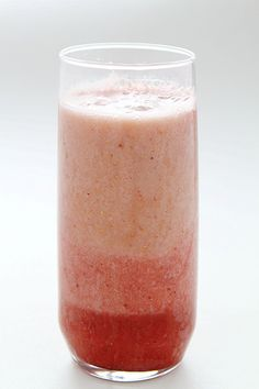 Birthday Smoothie! Strawberry, Banana & Pear combine to make a refreshing and delicious smoothie!