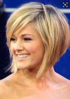 13.Short-Haircut-with-Bangs.jpg (500×709)