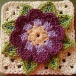 70+ links to granny square tutorials
