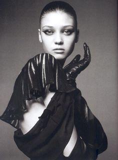 Diana Moldovan, Black And White Portraits, Leather Gloves, Model Photos, Leather Fashion, Editorial Fashion, Fashion Models, Cebu, Beauty