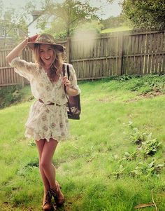 Floaty floral shirt dress cinched in at the waist. Perfectly paired with cute tan ankle boots & boho distressed wide brim. So pretty!