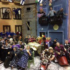 Dollhouse Miniatures, Dollhouses, Diy, Flowers, Home Decor, Homemade Home Decor, Bricolage, Doll House Miniatures, Royal Icing Flowers
