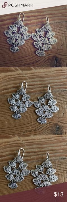 Stella & Dot silver earrings great condition Stella & Dot silver dangle earrings great condition never worn Stella & Dot Jewelry Earrings