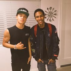 EJ/Elijah Johnson (Mindless Behavior) 2015 with a member of Elijah Johnson, Im5, Mindless Behavior, Instagram Photo Video, Baby Daddy, Cute Guys, Celebrity Crush, Boy Bands, Fangirl
