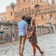 Kennt ihr das auch? Ihr beginnt mit jemandem ein Gespräch, stellt eurem Gegenüber 1-2 Fragen und es ergießt sich ein kaum anhaltender Redeschwall auf euch?😆Immer wieder merken wir, wieviel man über Menschen erfährt, wenn man beginnt ihnen ehrliche und interessierte Fragen zu stellen. Nicht selten sind diese Gespräche aber etwas unausgewogen, da eigentlich nur das Gegenüber den aktiven Redepart übernimmt... Louvre, Couple Photos, Couples, Not Interested, People, Couple Shots, Couple Photography, Couple, Couple Pictures