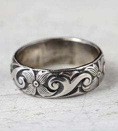 Floral Art Deco Sterling Silver Band