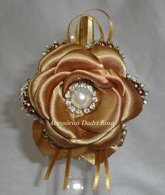 Tiaras De Luxo Pérolas e cetim dourada