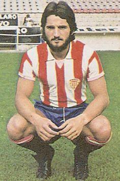 José Antonio Redondo (1953, Turón). Defensa del Sporting de Gijón dónde militó 13 temporadas, capitan durante siete de ellas. Un subcampeonato de Liga en 78-79 y disputó dos finales de Copa del Rey en 1981 y 82. Entrenador del club en 1998