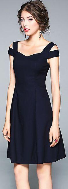 Stylish V-Neck Short Sleeve Elastic A-Line Dress - Bodycon Dresses Stylish Dresses, Fashion Dresses, Dress Skirt, Dress Sleeves, Skater Dress, Cap Sleeves, Bodycon Dress, Dress Patterns, Pretty Dresses