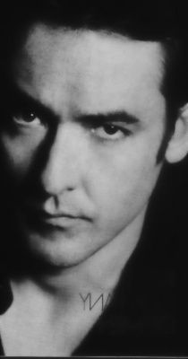 JOHN CUSACK (gets all caps because he is amazing!!)