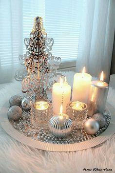 ▷ 1001 + ideas for Christmas table decoration as a complement to the happy mood - Weihnachten und Silvester - noel Noel Christmas, Vintage Christmas, Christmas Crafts, Christmas Candles, Elegant Christmas, Mexican Christmas, Christmas Place, Vintage Santas, Simple Christmas