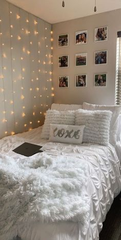 Habitación aesthetic Cute Bedroom Decor, Room Design Bedroom, Bedroom Decor For Teen Girls, Teen Room Decor, Stylish Bedroom, Room Ideas Bedroom, Small Room Bedroom, Girl Bedroom Designs, Teen Girl Rooms