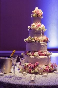 To my bridesmaids.... Please remind me to have a bottle of champagne on Ice near the cake! I love this!!!