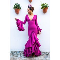 Colección 2018 Vestido JULIETA color Cardenal www. Fashion 101, Fashion Beauty, Womens Fashion, African Fashion Dresses, African Dress, Flamenco Costume, Flamenco Dresses, Drape Gowns, Evening Dresses