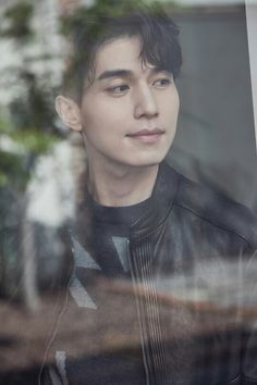 Korean Celebrities, Korean Actors, Korean Dramas, Lee Dong Wook Wallpaper, Lee Dong Wook Goblin, Lee Dong Wok, Song Joong, Park Hyung, Choi Jin