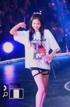 Kim Jennie, South Korean Girls, Korean Girl Groups, Looks Style, My Style, Girl Style, Blackpink Photos, Blackpink Fashion, Blackpink Jisoo