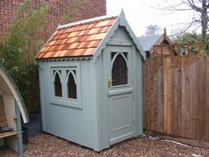 6ft x 4ft Potting shed finished with sadolin superdec in jungle green (Gothic-149)