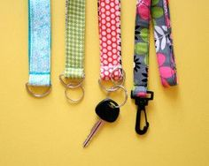 Never lose your keys again, thanks to this Super Easy Lanyard and Key Chain Wristlet! These handy accessories are so cute and will save you from hours locked out of the car or the house. Keep all your keys in one convenient place!