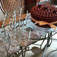 Chocolate Fudge Icing, Malteser Cake, Stew, Instagram Posts, Desserts, Food, Tailgate Desserts, One Pot, Dessert